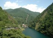 川口発電所 遠景